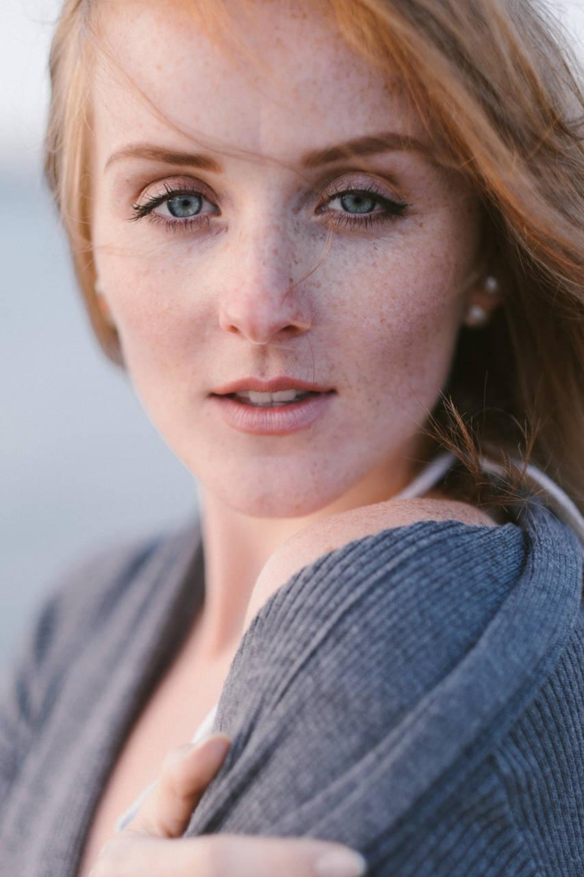 Portrait Féminin lumière naturelle